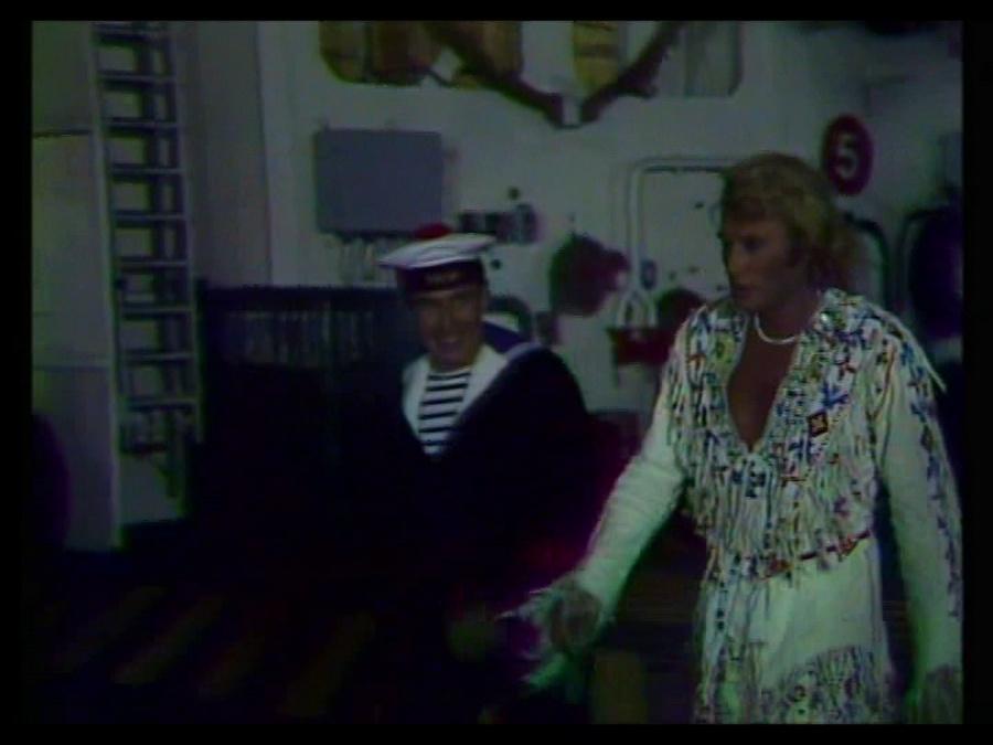LES CONCERTS DE JOHNNY 'PORTE-AVIONS ''FOCH'', TOULON 1979' Vlcsn366