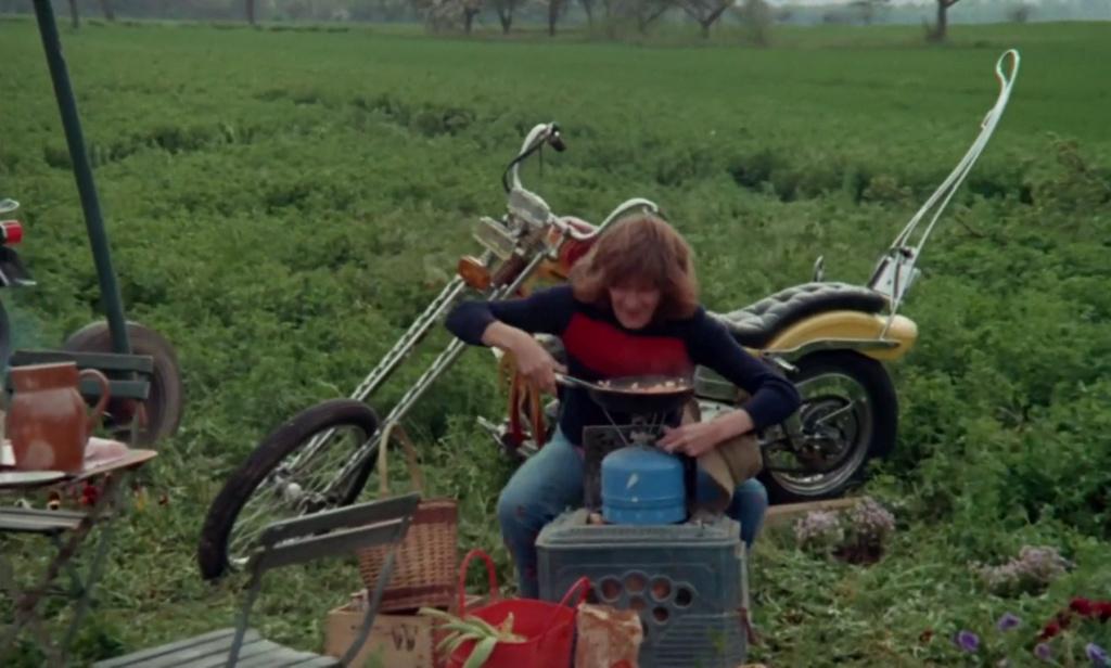 CHOPPER ( MOTEUR HARLEY SHOVELHEAD ) DE JOHNNY HALLYDAY ( 1971 ) Vlcsn382