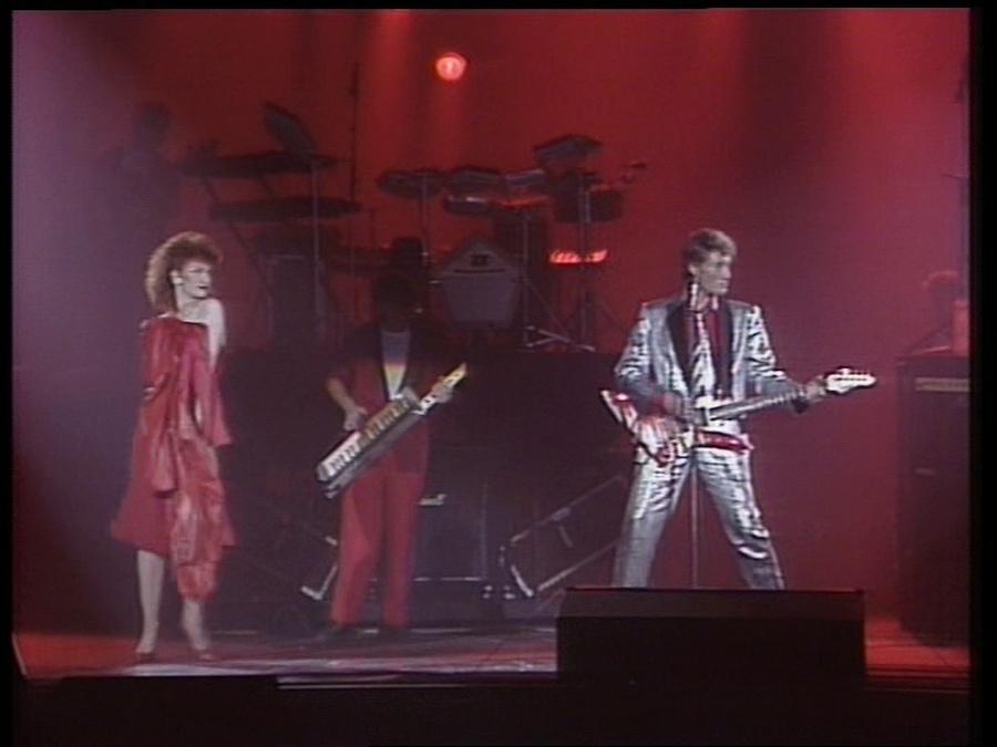 LES CONCERTS DE JOHNNY 'LE ZENITH DE PARIS 1984' Vlcsn416