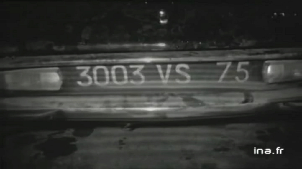 CITROËN DS 21 PALLAS DE JOHNNY HALLYDAY ( 1969 ) Vlcsn420