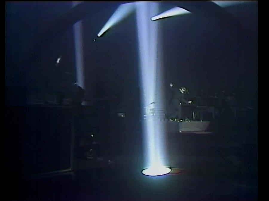 LES CONCERTS DE JOHNNY 'BERCY 1987' Vlcsn431