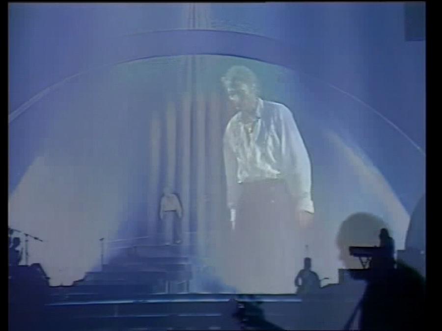 LES CONCERTS DE JOHNNY 'BERCY 1987' Vlcsn437