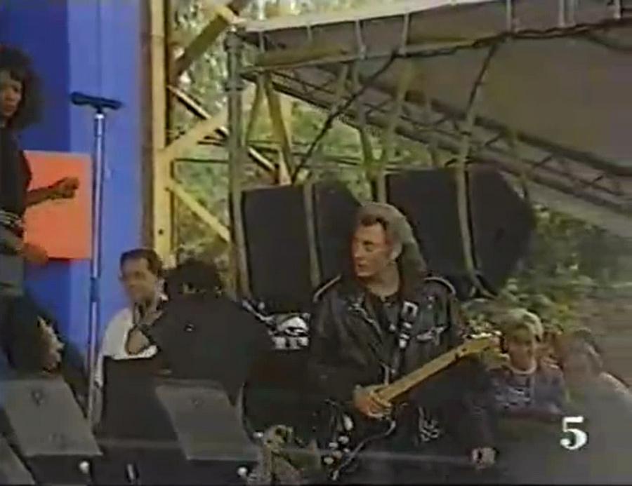 LES CONCERTS DE JOHNNY 'FETE DE L'HUMANITE, LA COURNEUVE 1991' Vlcsn462