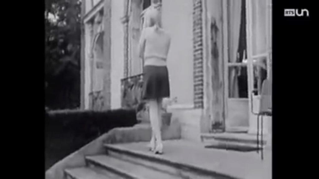 PROPRIETE OU A RESIDE JOHNNY HALLYDAY ( 1/10 ) 'LOCONVILLE' ( 1963-1979 ) Vlcsn484