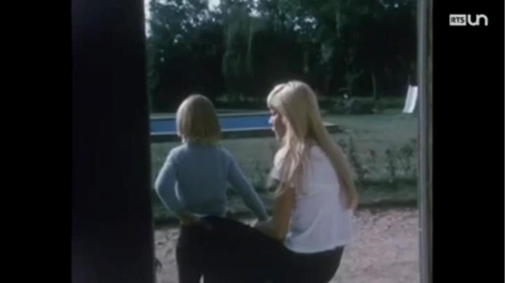 PROPRIETE OU A RESIDE JOHNNY HALLYDAY ( 1/10 ) 'LOCONVILLE' ( 1963-1979 ) Vlcsn491