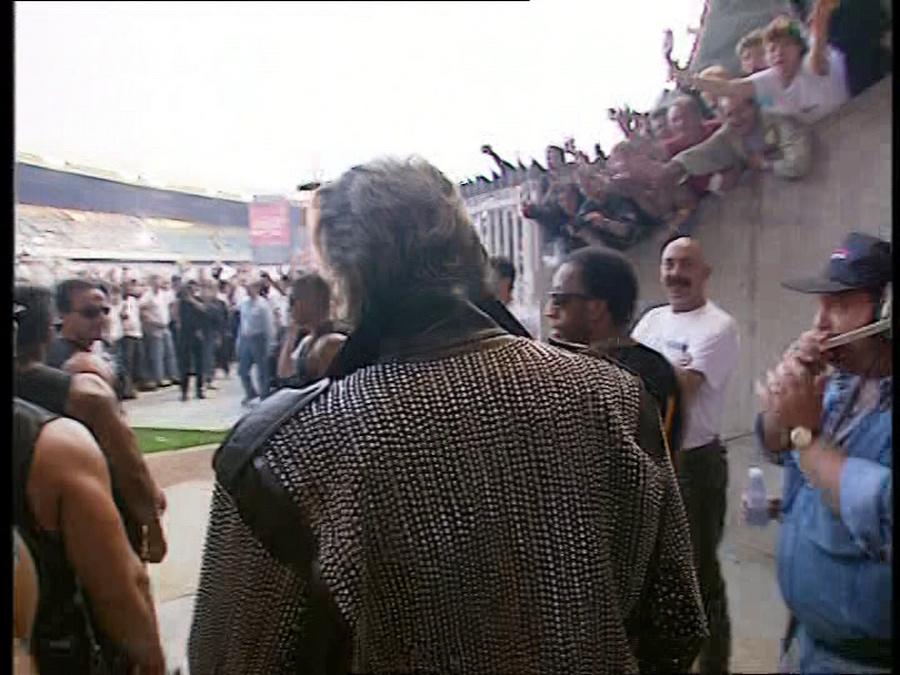 LES CONCERTS DE JOHNNY 'PARC DES PRINCES, PARIS 1993' Vlcsn501