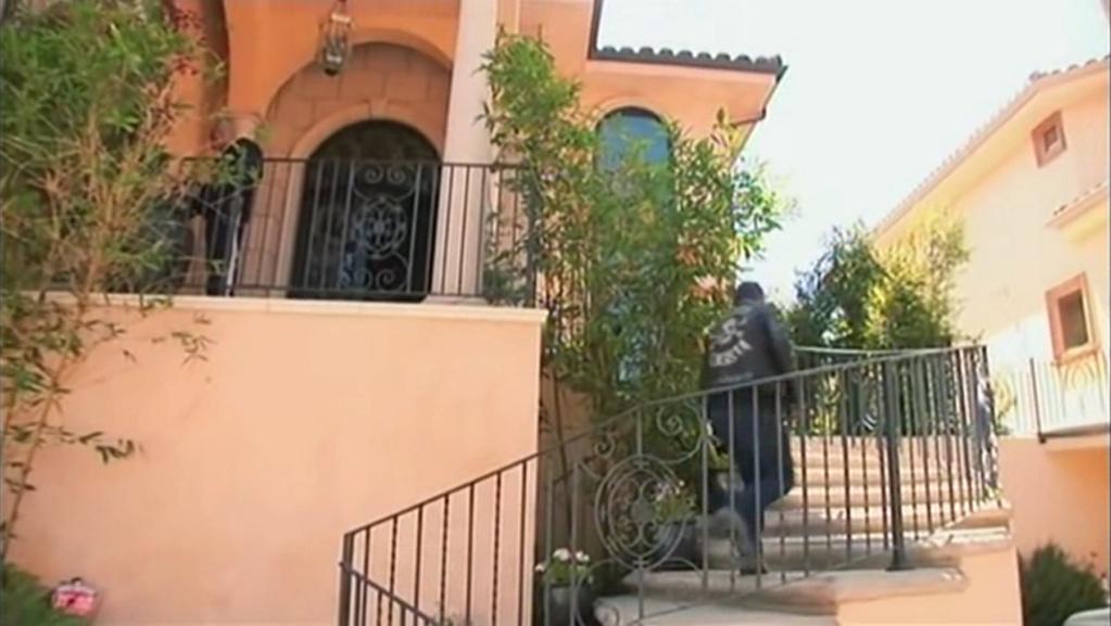 PROPRIETE OU A RESIDE JOHNNY HALLYDAY ( 7/10 ) 'BEVERLY GLEN, LOS ANGELES'( 2007 Vlcsn563