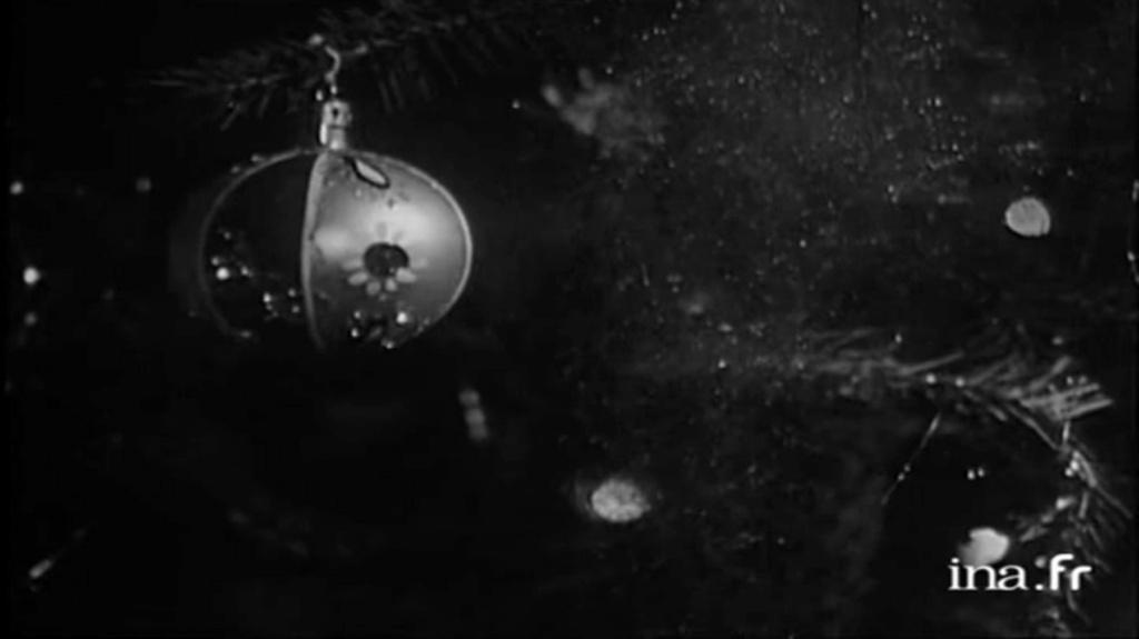 PROPRIETE OU A RESIDE JOHNNY HALLYDAY 'GROSROUVRE ( 1963-1965 ) Vlcsn638