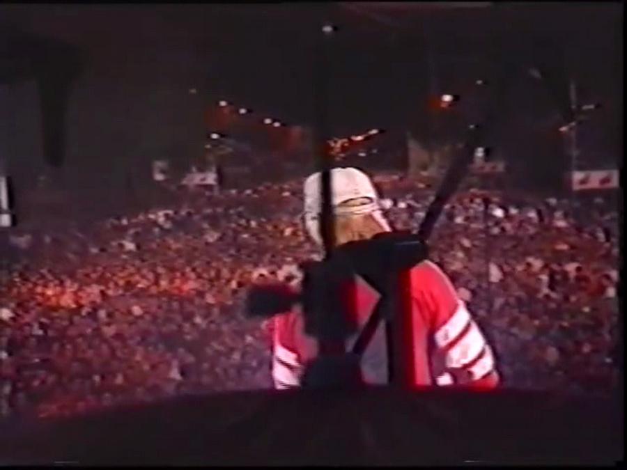 LES CONCERTS DE JOHNNY 'PARIS-MOSCOU, PLACE DE LA NATION 1991' Vlcsn803