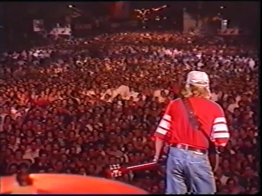 LES CONCERTS DE JOHNNY 'PARIS-MOSCOU, PLACE DE LA NATION 1991' Vlcsn810