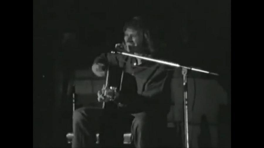 LES CONCERTS DE JOHNNY 'PALAIS DES SPORTS 1971' Vlcsn915