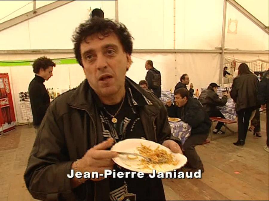 LES CONCERTS DE JOHNNY 'LAUSANNE, SUISSE 2000' Vlcsn972