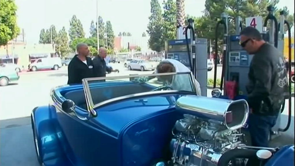 HOT ROD BLEU ELECTRIQUE DE JOHNNY HALLYDAY ( 2008 ) Vlcsna56
