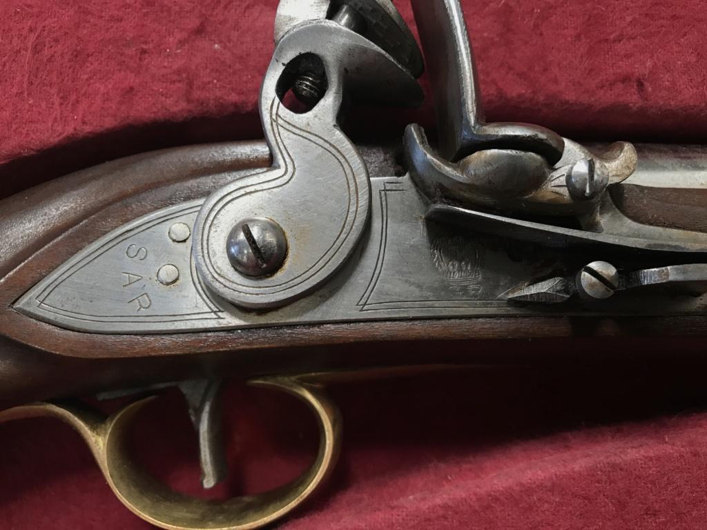 Paire de Pistolets de bords britaniques (reproduction) 7058ac10