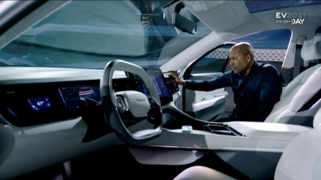 2021 - [Chrysler] EV New-ch11