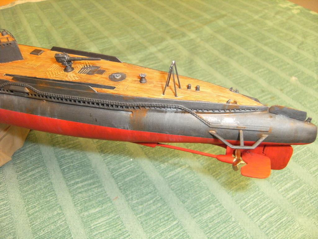 Sous-marin porte-avions japonais I-400 échelle 1/200° - Page 3 226_i-11