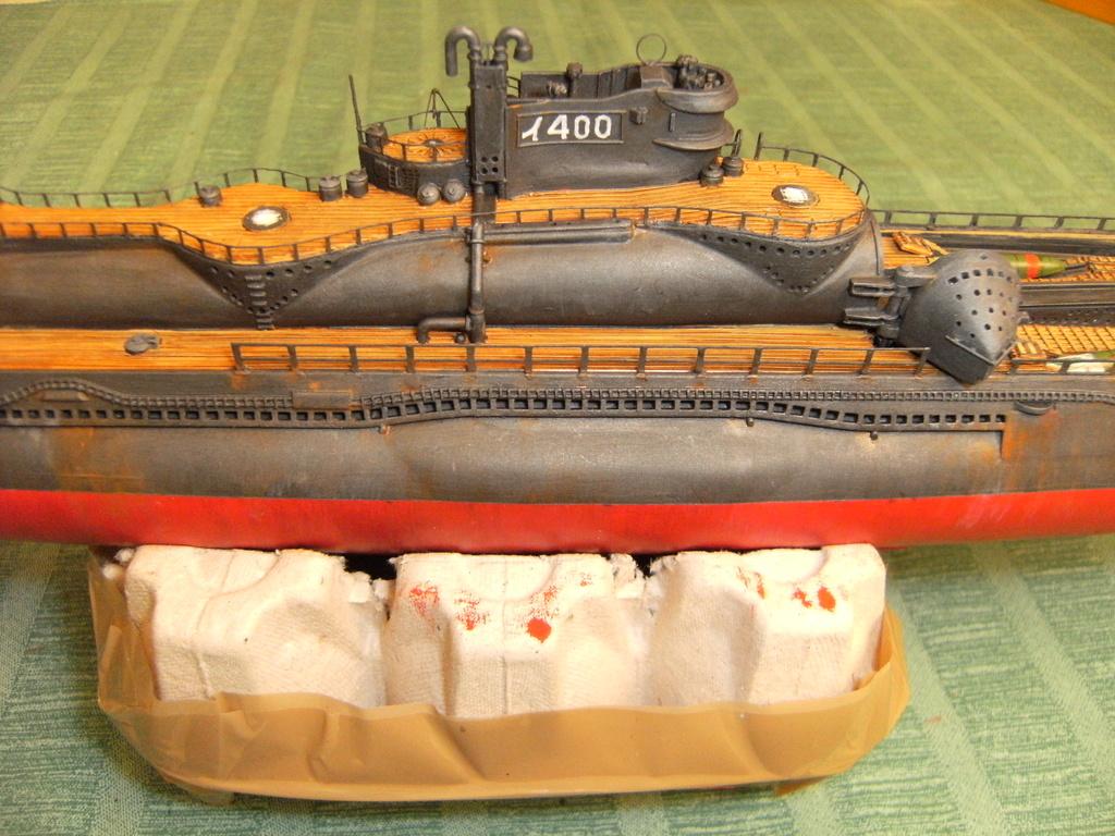 Sous-marin porte-avions japonais I-400 échelle 1/200° - Page 3 229_i-10