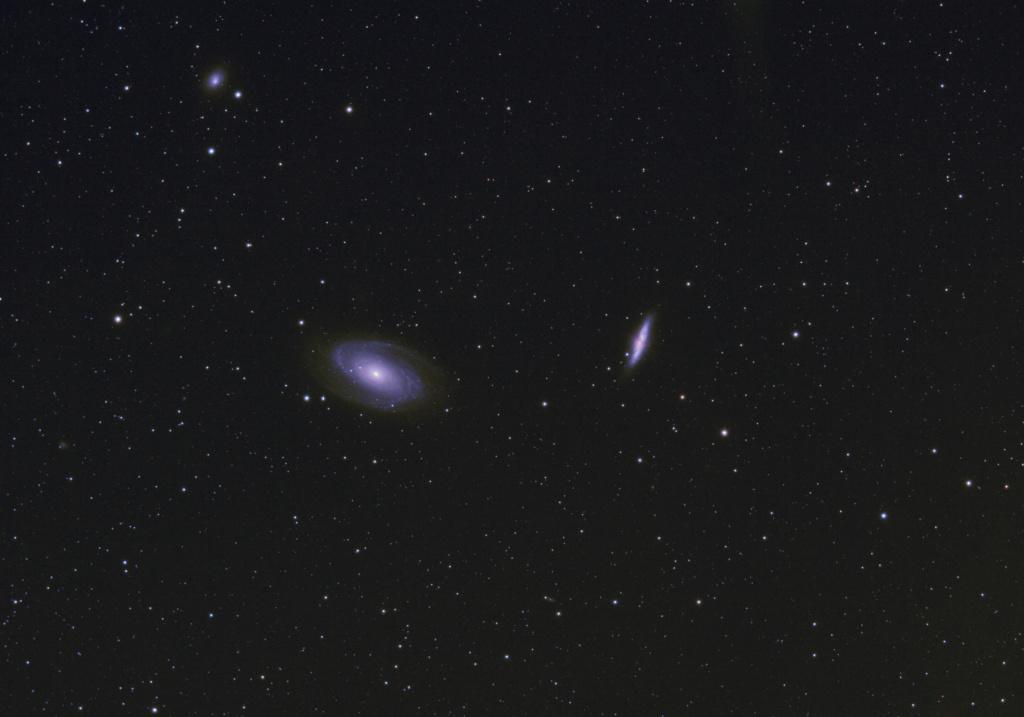 Comètes - Page 24 M81-m810