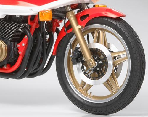 Honda CB 1100R Tamiya 1/6 16033-11