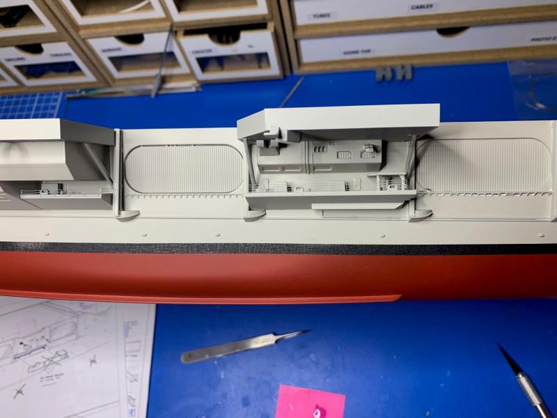 Porte Avion Enterprise CVN65 1/350 - Page 2 Mini1072