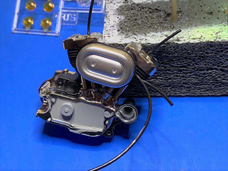 Harley Sporster 883 XLH au 1/9 Mini_184