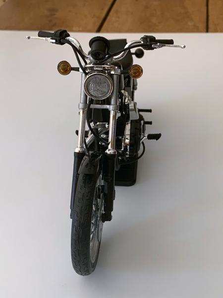 Harley 883 Sporster au 1/9 Mini_236