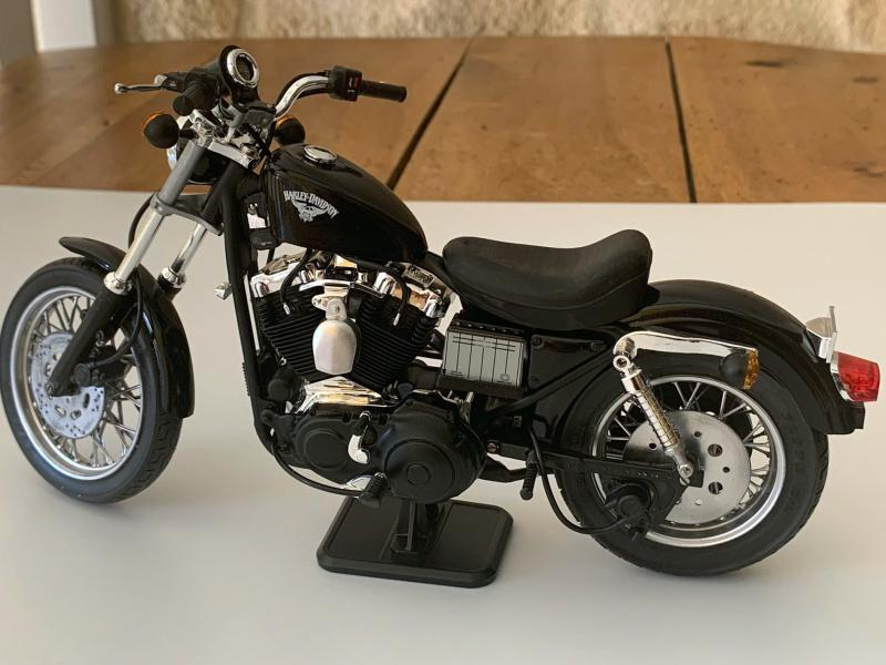 Harley 883 Sporster au 1/9 Mini_238