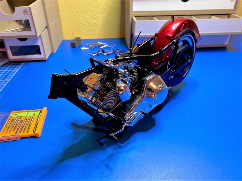 Harley Road King FLHRI au 1/6 Mini_306
