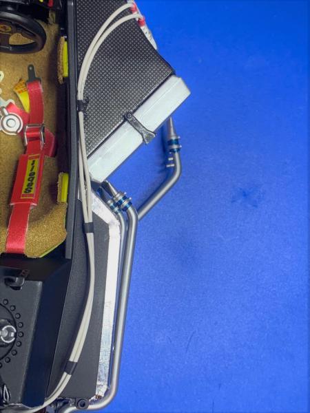 FERRARI F190 Alain Prost 1990, Tamiya 1/12 - Page 8 Mini_532