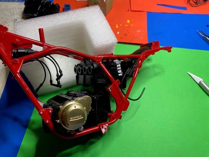 Honda CB 1100R Tamiya 1/6 - Page 2 Mini_951