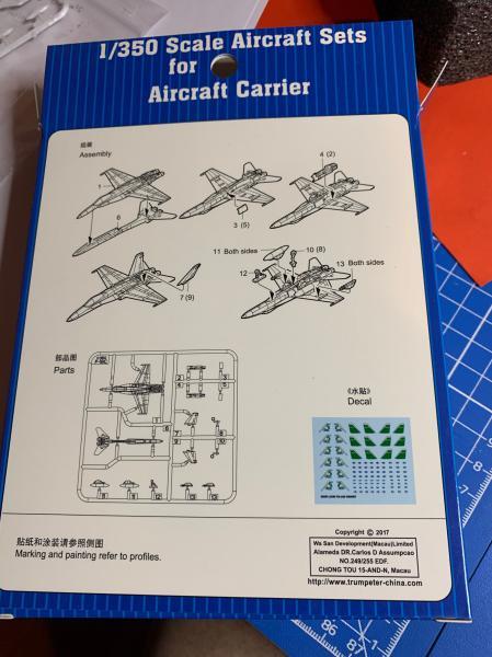 Porte Avion Enterprise CVN65 1/350 - Page 5 Mini_f24