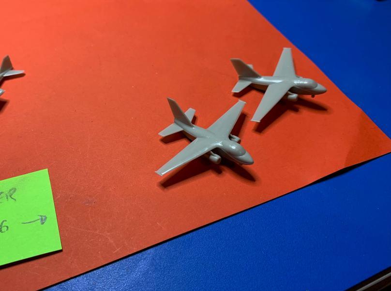 Porte Avion Enterprise CVN65 1/350 - Page 6 Mini_s15