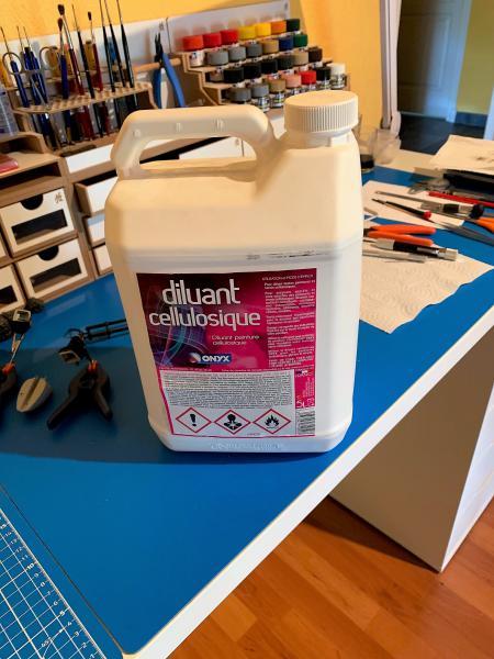 Peindre à l'airbrush ou utilse des spray Mini_t11