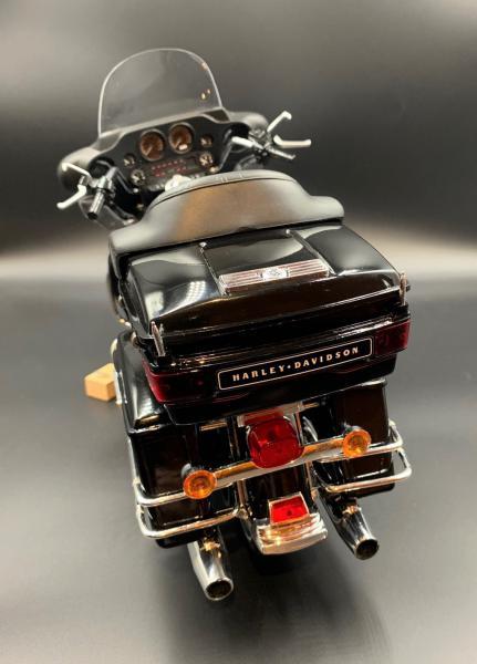 Harley Ultra Classic Electra Glide 1/6 - Page 2 Mini_w58