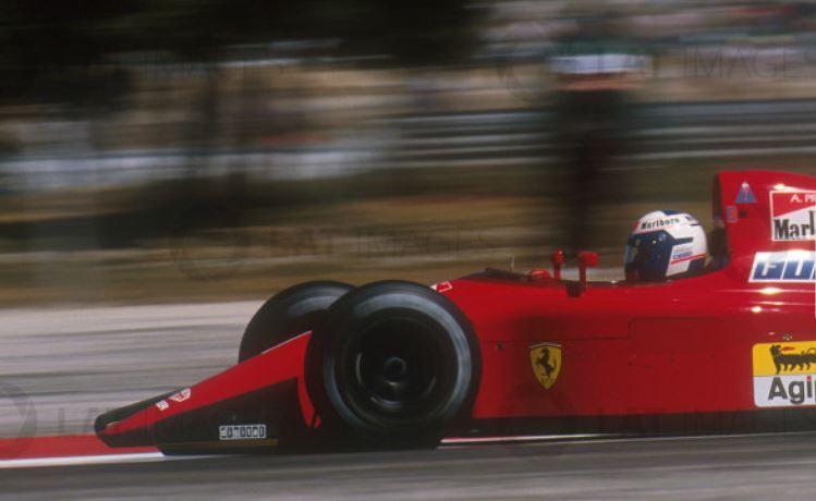 FERRARI F190 Alain Prost 1990, Tamiya 1/12 - Page 8 Ouie110