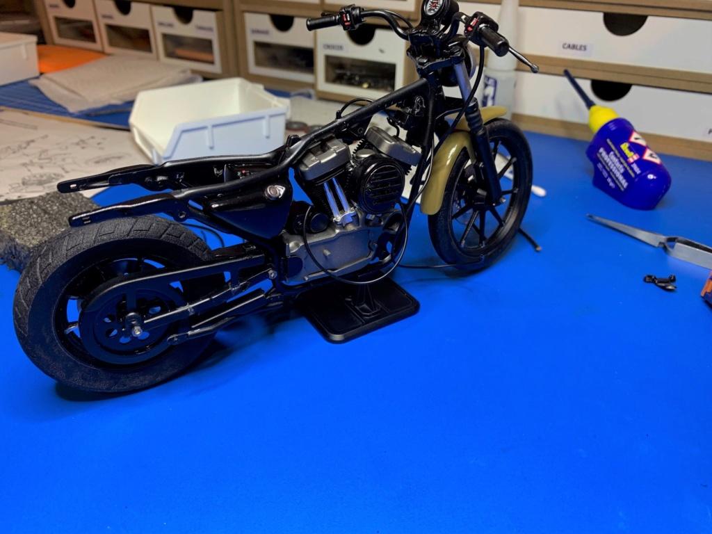 Harley Iron 883 au 1/9 - Page 6 Wip5611