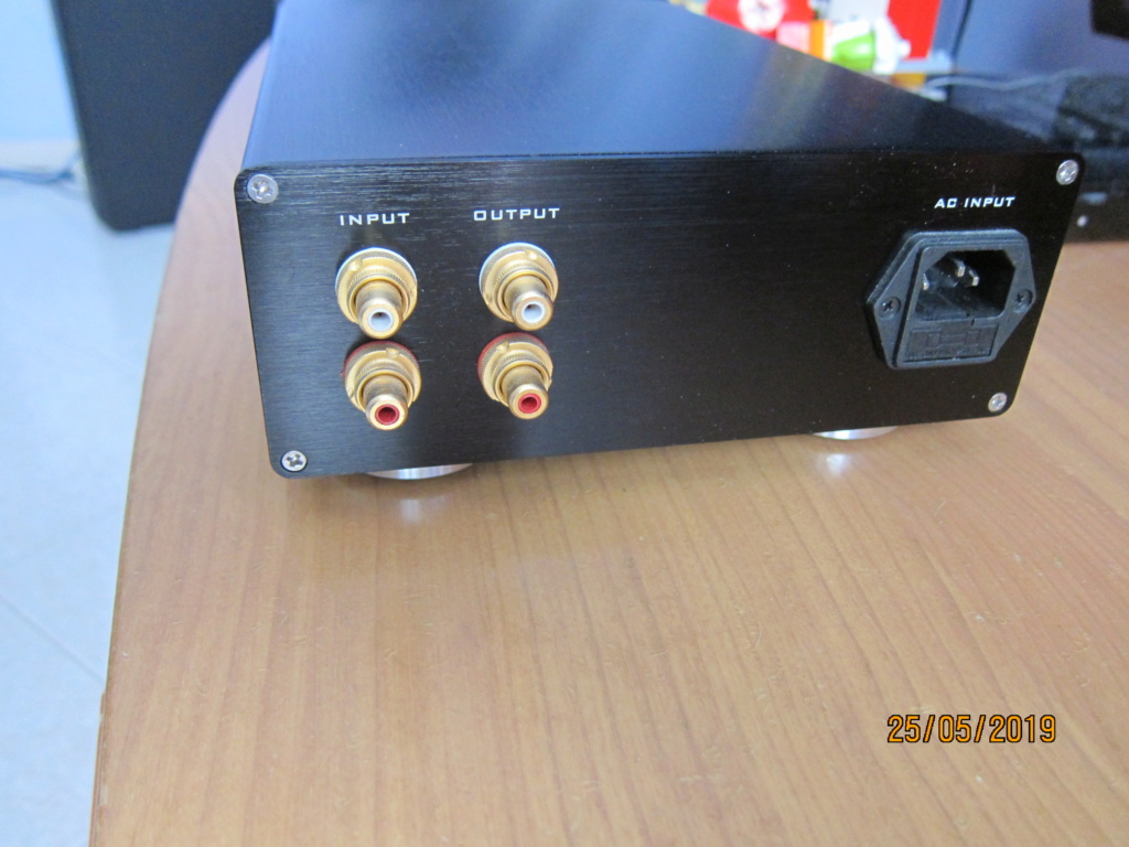 (To) Vendo amplificatore per cuffie VHF MOS Img_1612