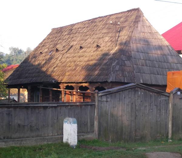 Quelques photos de mon périple dans les Carpates Maison10