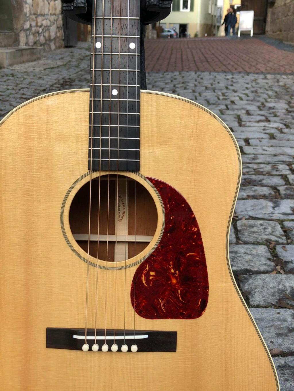 Blazer & Henkes J50  nouvelles photos de la guitare terminée :) 14689010