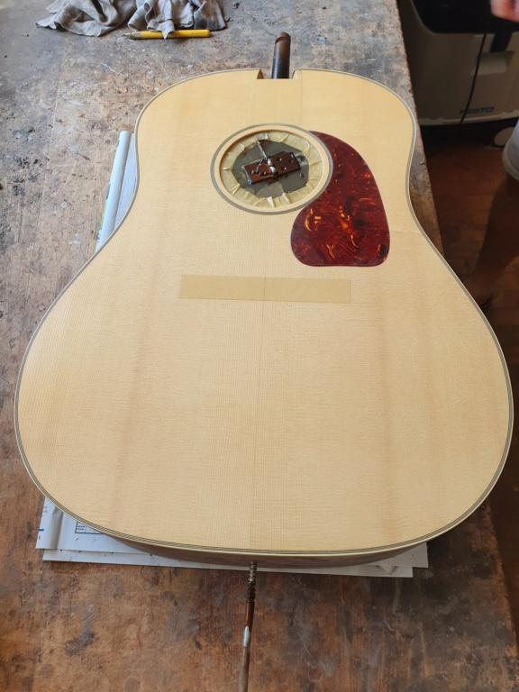 Blazer & Henkes J50  nouvelles photos de la guitare terminée :) 20200811