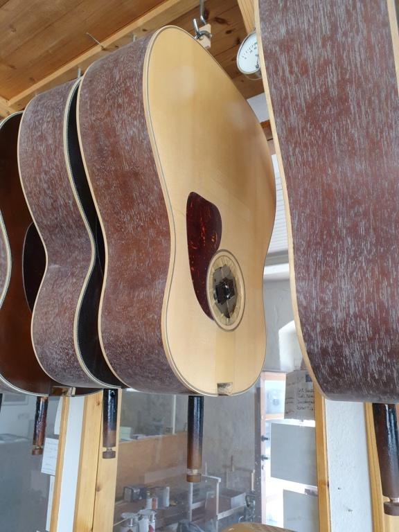 Blazer & Henkes J50  nouvelles photos de la guitare terminée :) 20200813