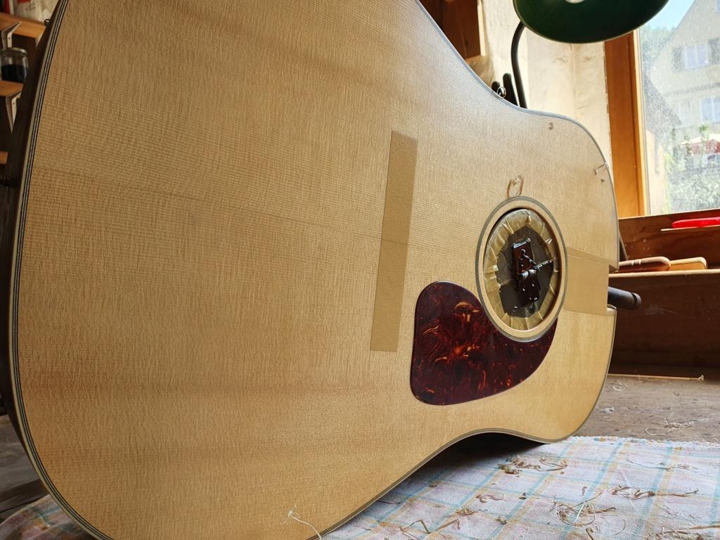 Blazer & Henkes J50  nouvelles photos de la guitare terminée :) 20200814