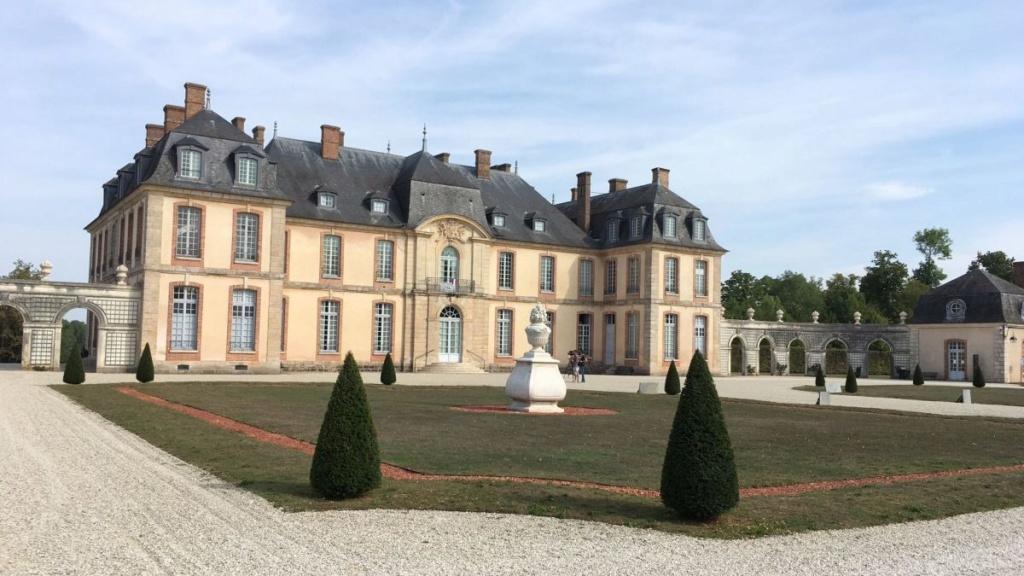 Le Château de La Motte-Tilly Tilly-10