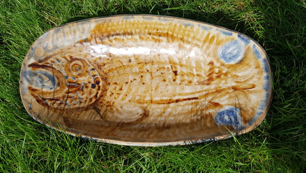 Large fish platter unknown impressed LW mark 20190817