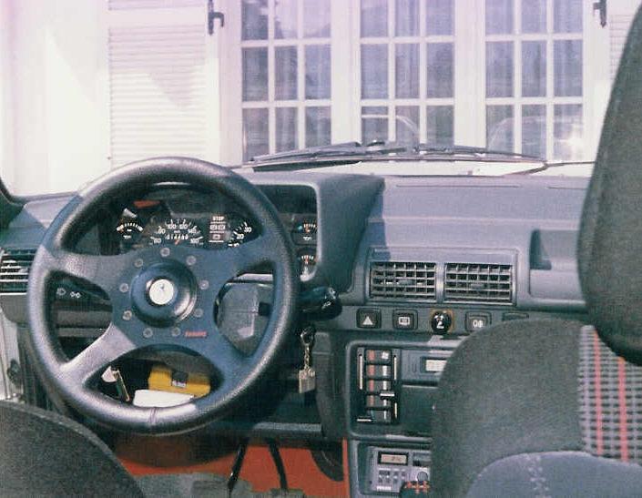[73] 205 GTI 1L9 - 122cv - AM93 - Blanc Banquise - Page 3 205_gt10