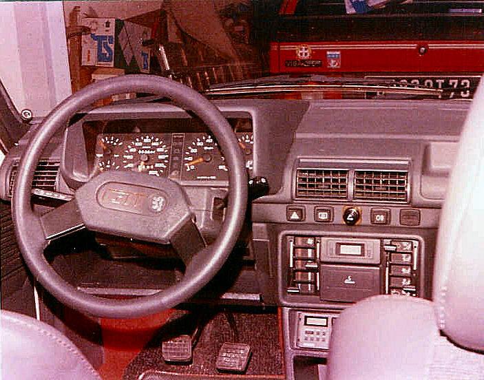 [73] 205 GTI 1L9 - 122cv - AM93 - Blanc Banquise - Page 3 206_gt10