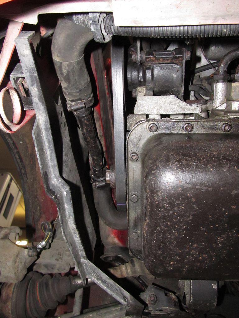 Recherche cache plastique coté passage de roue AVD Img_4711