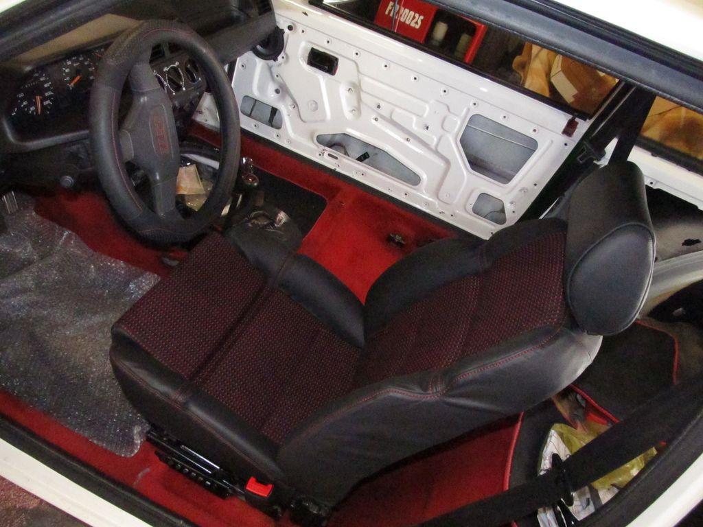 [73] 205 GTI 1L9 - 122cv - AM93 - Blanc Banquise Img_6713