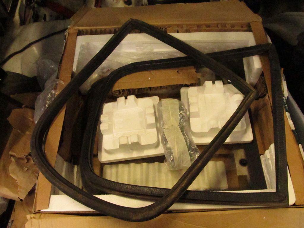 [73] 205 GTI 1L9 - 122cv - AM93 - Blanc Banquise - Page 2 Img_7011