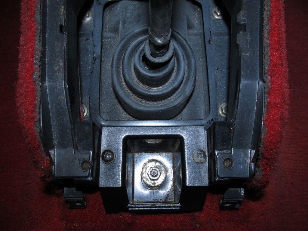 [73] 205 GTI 1L9 - 122cv - AM93 - Blanc Banquise - Page 3 Img_7812